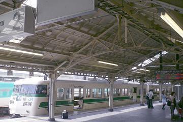 京都駅の屋根