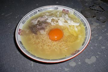 SAPPORO ICHIBAN CHICKEN FLAVORED SOUPの出来上がり画像