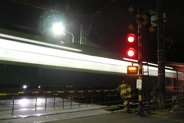 大晦日の始発電車の画像