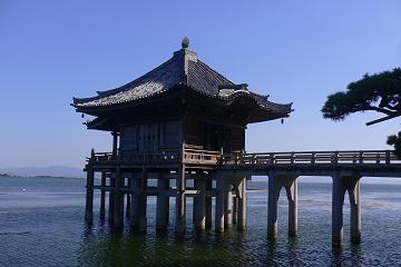 堅田の浮御堂の写真