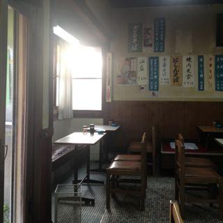 篠田屋さん店内の写真