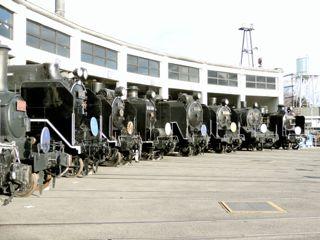 梅小路蒸気機関車館の写真